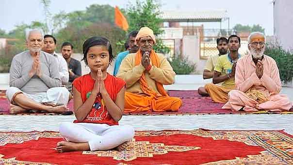 Самый юный преподаватель йоги в мире
